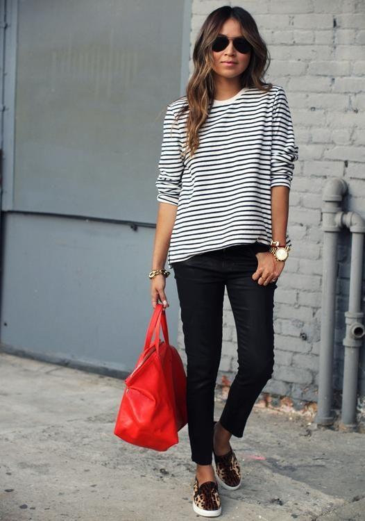 Черная с белым сумка с чем носить