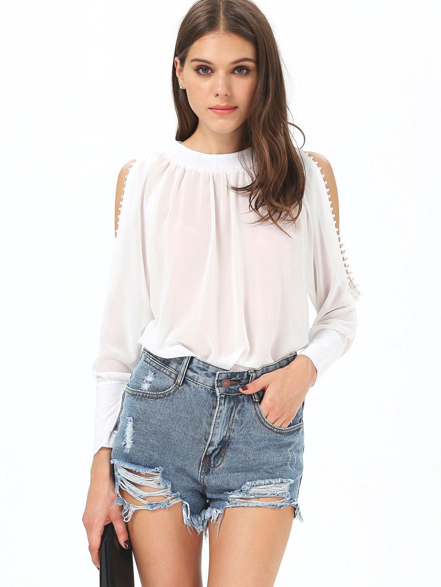 Сексуальная белая блузка девушки 15 фотография