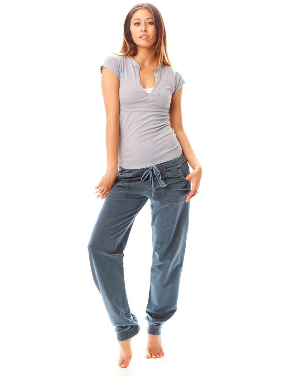 Как сделать внизу штанов резинку