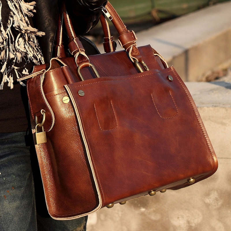 ffd9e709407b Добавить вашему луку индивидуальности может стильная кожаная сумка ручной  работы. Такие сумочки чаще всего создаются в единственном экземпляре, ...