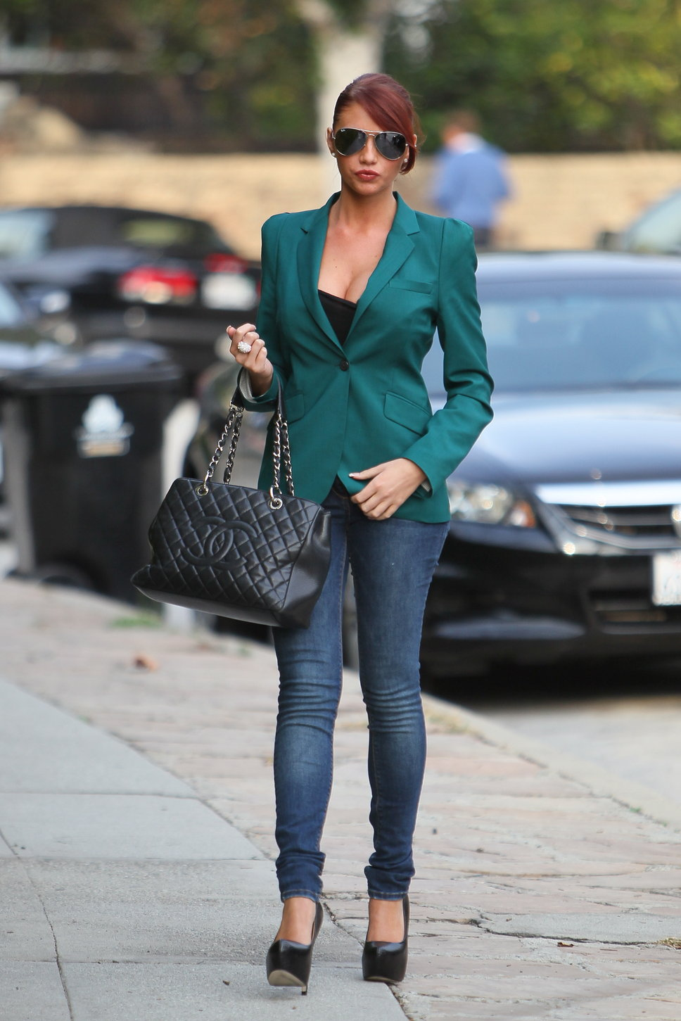 Стиль джинсы пиджак девушке