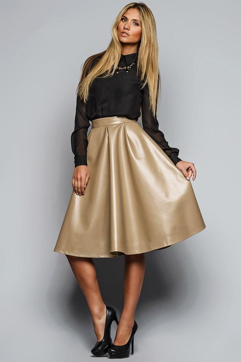 49ddda1c275 Кожаная юбка-солнце (37 фото)  с чем носить