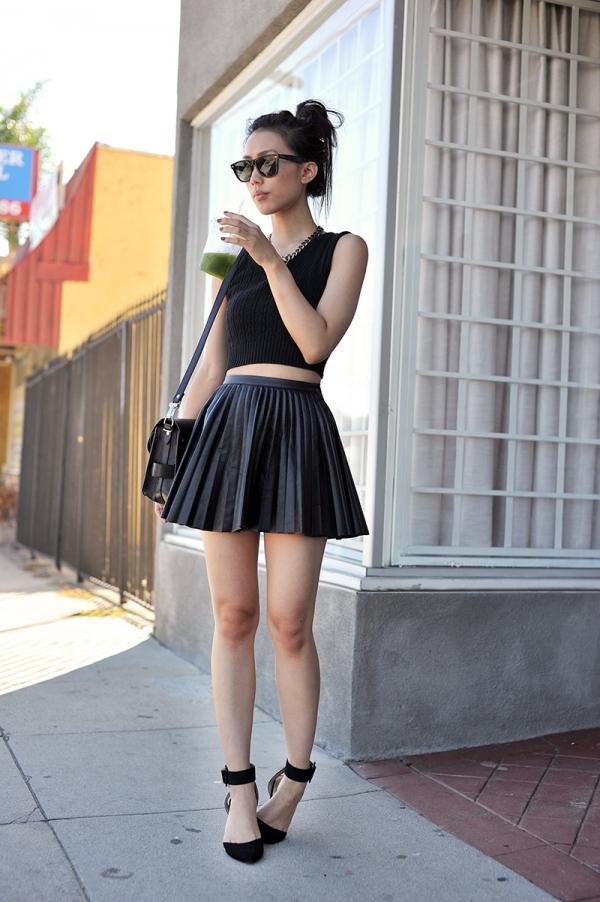 Как носятся юбки из кожзама
