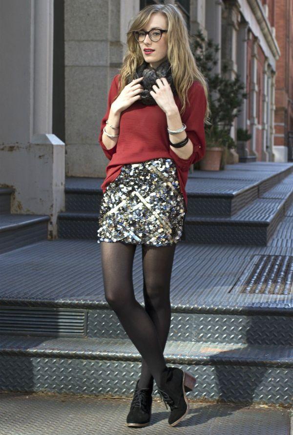 Что носить с блестящей юбкой