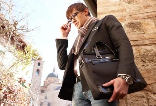 eb0dff3c0c97 Еще одно преимущество – среди сумок от Маркони вы всегда найдете аксессуар  подходящего цвета. Широкая цветовая палитра позволяет найти изделие по  вкусу.
