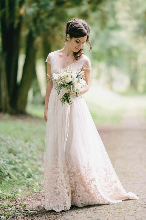 1af84543cfe Свадебное платье в стиле «Рустик» (48 фото)