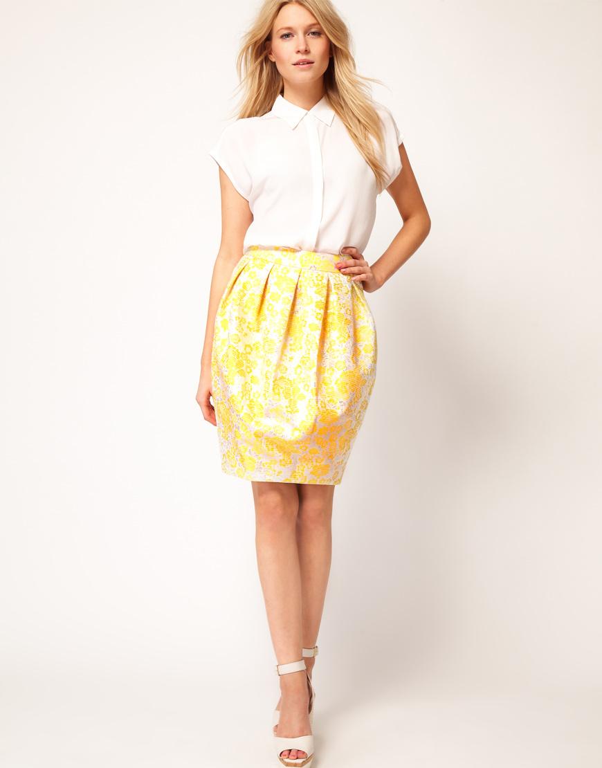 Зауженные юбки и платья