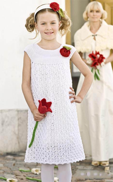 Ажурное белое платье для девочки