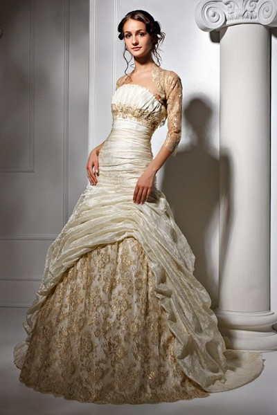 Бело-золотое платье на свадьбу