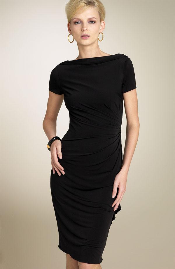 Черное платье модель