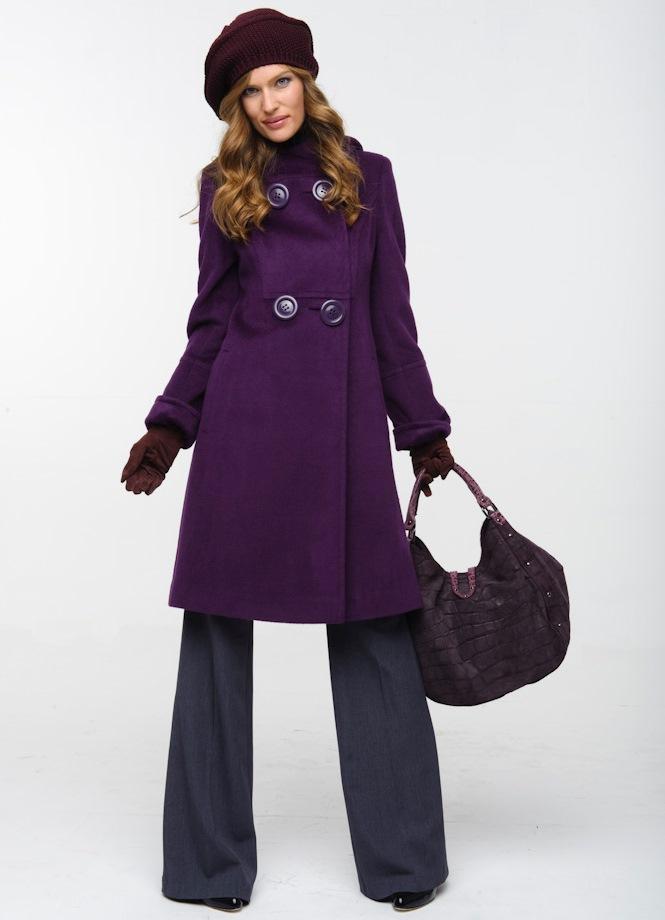 bbea79b3e40 Фиолетовое пальто  кому пойдет и с чем носить