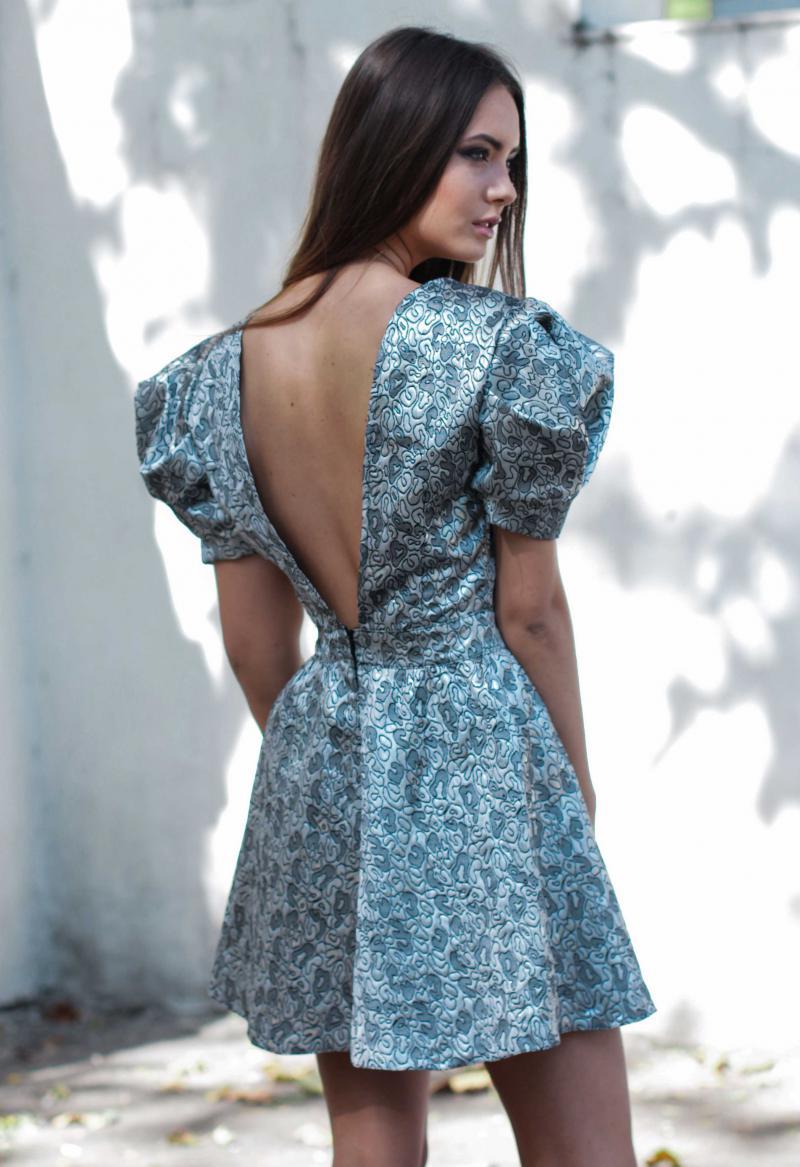Короткие платья из парчи