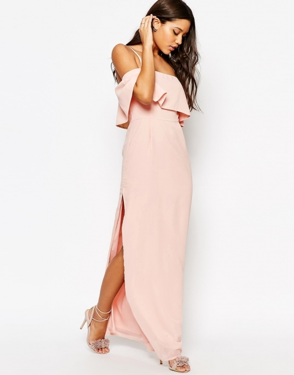 Cонник длинное платье, к чему снится длинное платье во сне видеть.