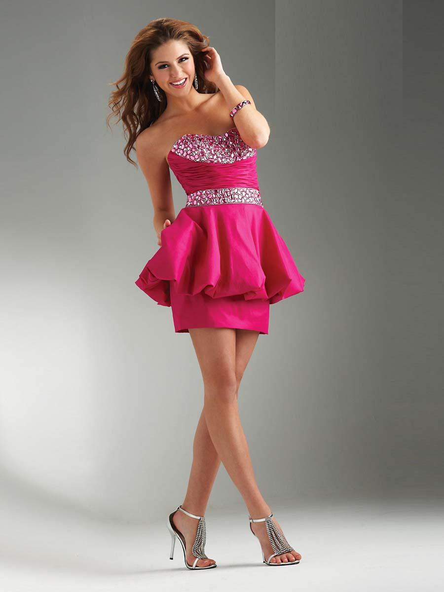 Фото девушек в коктейльных платьях