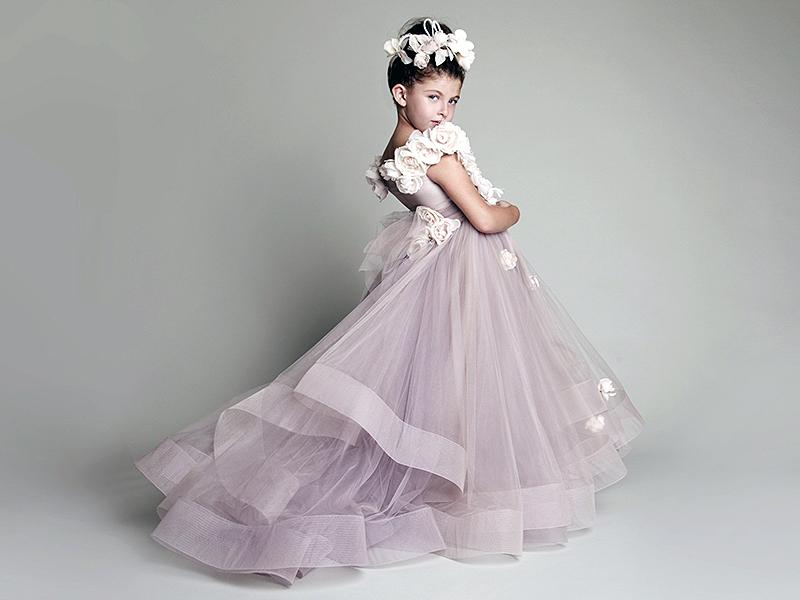 Пушистое платье для девочки