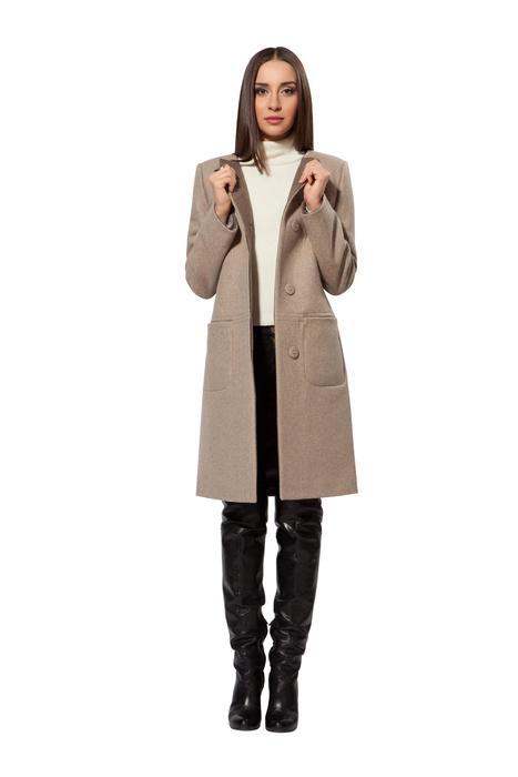 21622aeb5 Пальто Come Prima можно увидеть в розничных и интернет-магазинах.  Осуществляя доставку в различные уголки страны, модели Come Prima  демонстрируют модницы по ...