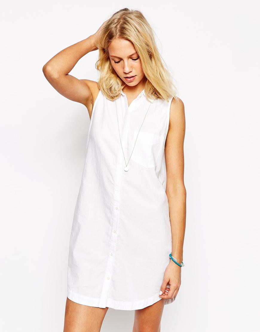 Летнее платье рубашка без рукавов