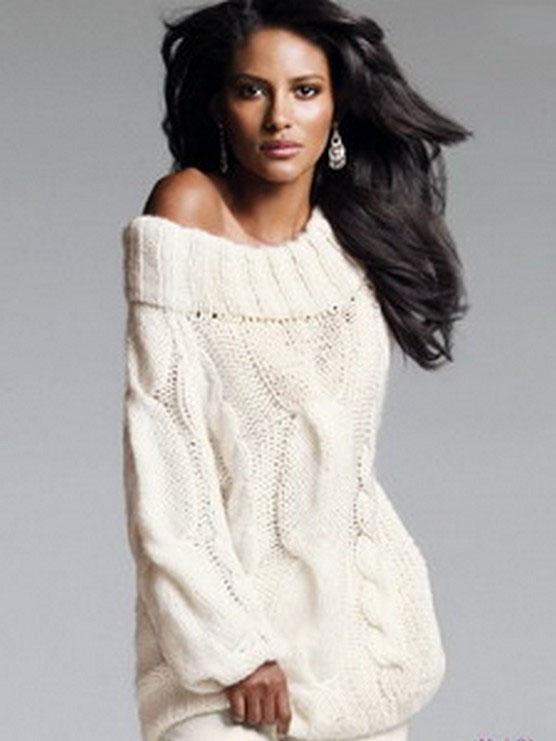 Белый свитер крупной вязки женский