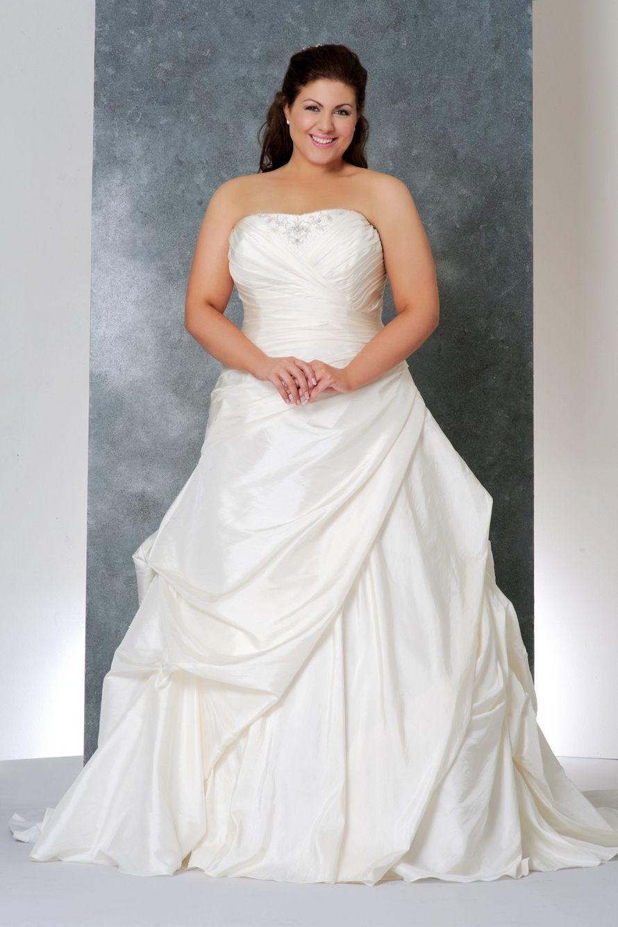 Свадебные платья на полных девушек спб