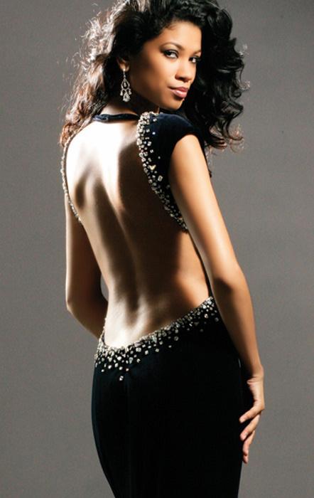 Вечернее платье вырезом спине