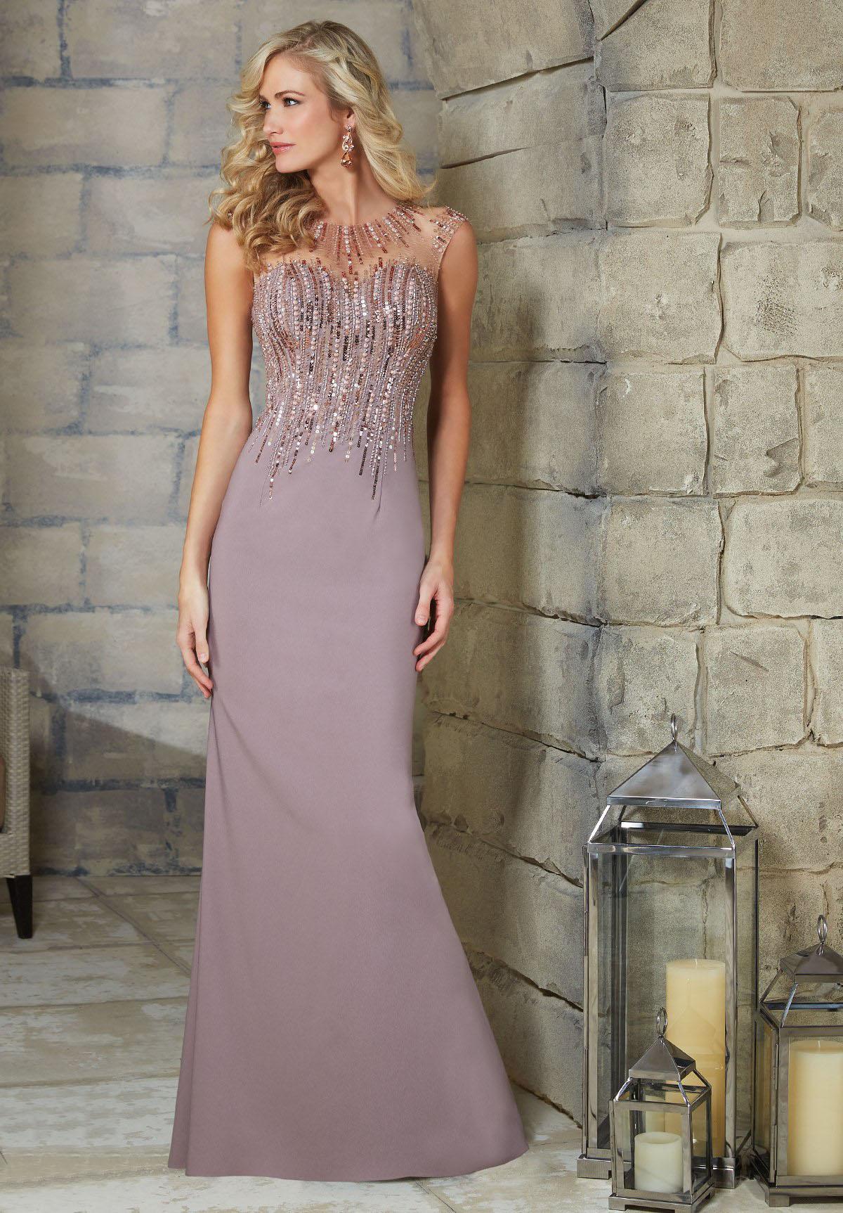 Вечерние платья для женщин 40 лет
