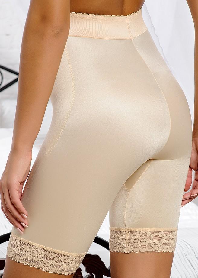Панталоны под юбкой у женщин