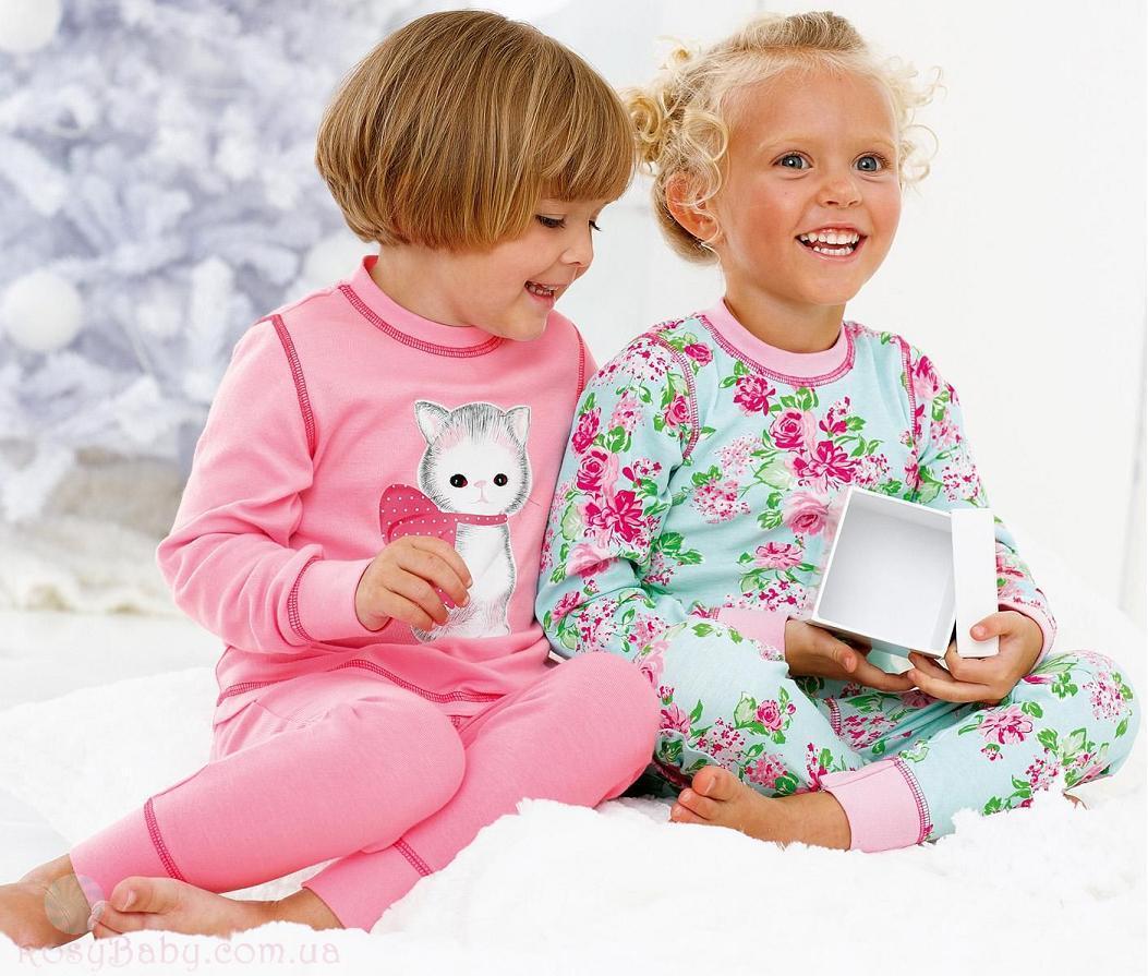 99935a24baa1 Выбор одежды, в которой будет спать ребенок зачастую стоит перед многими  заботливыми родителями. Теплая, уютная, мягонькая байковая детская пижама  станет ...