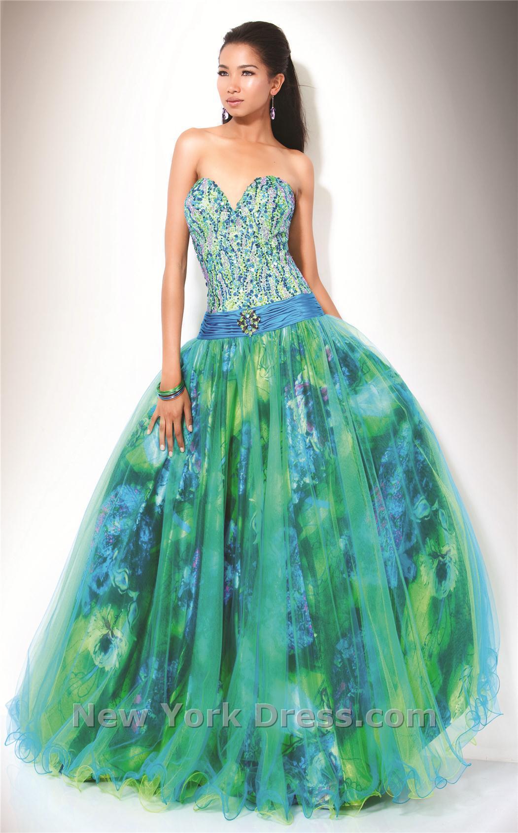 Зеленые и синие вечерние платья