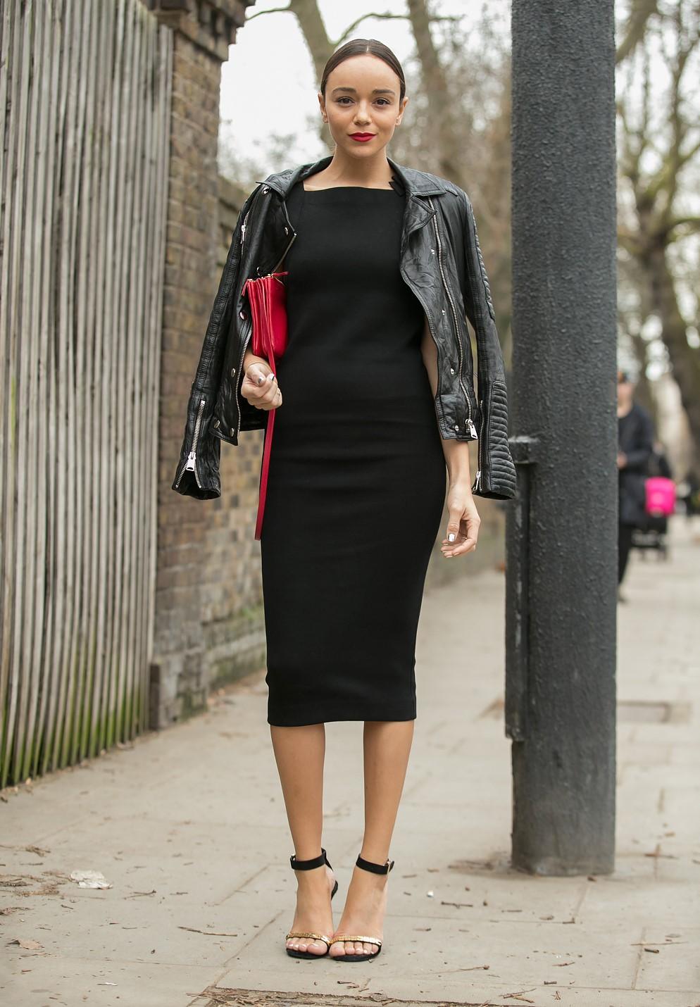 Фото как носить платья до колен с какой обувью