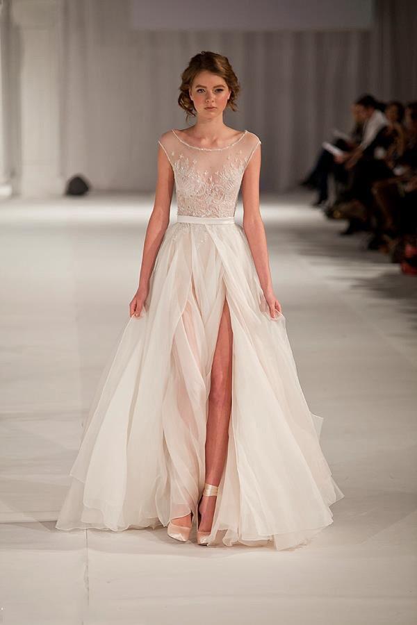 Свадебное платье воздушное фото