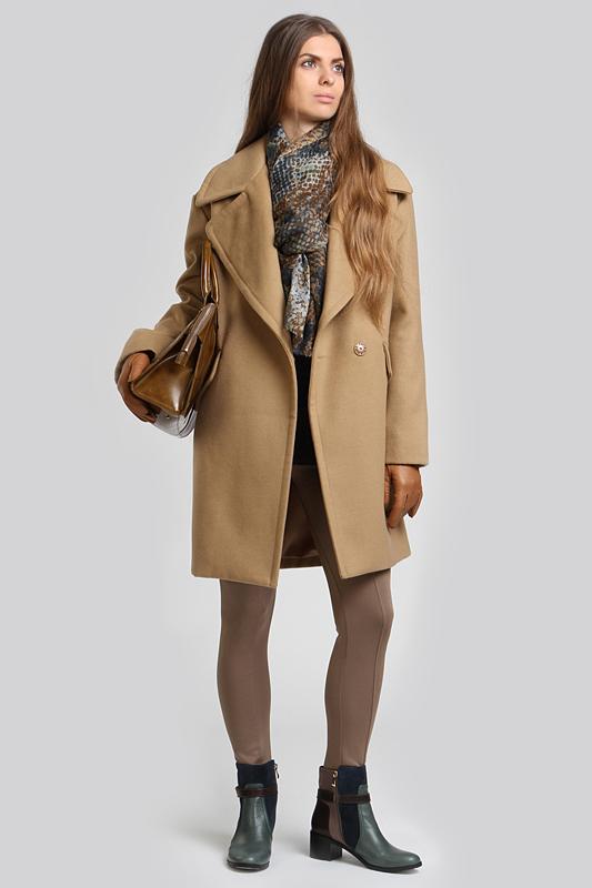 С чем носить пальто с коротким рукавом (37 фото) - NameWoman