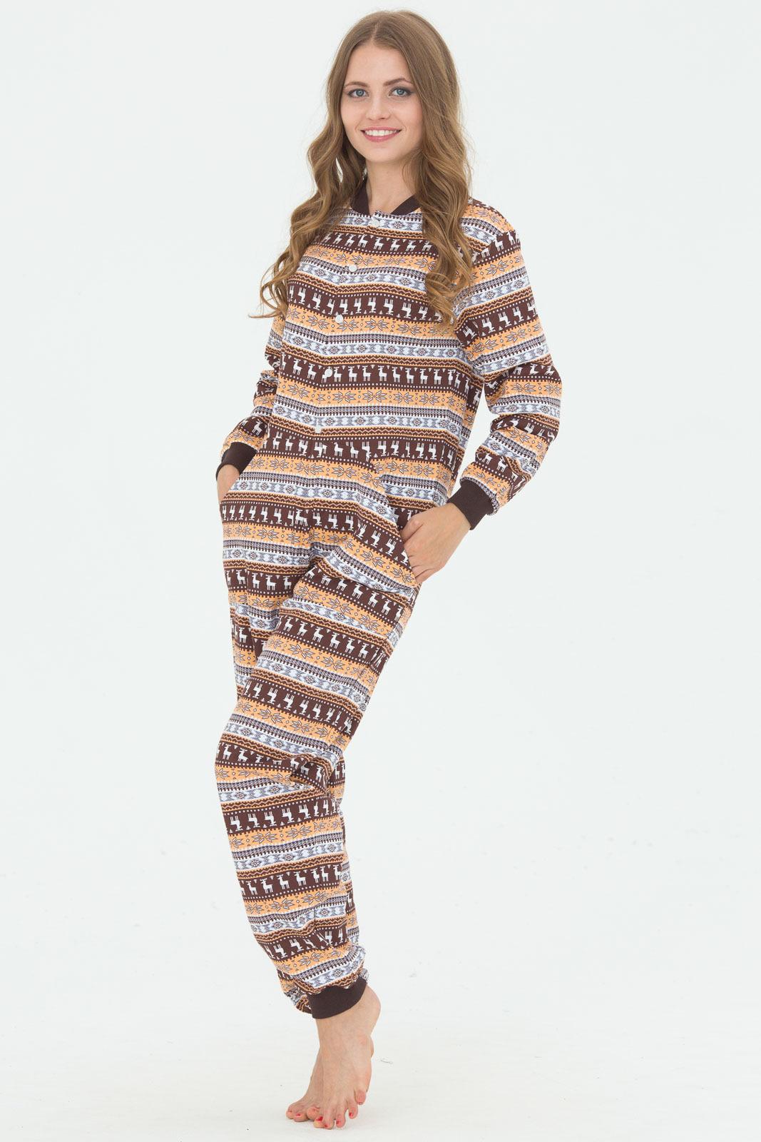 48c1e7c0b0088 Цельная пижама-комбинезон сейчас надевается не только в домашней  обстановке. Кигуруми постепенно «выходят в свет». Сейчас их можно увидеть  на девушках ...