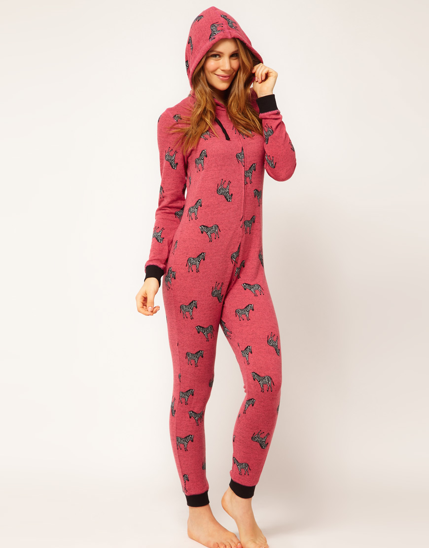 Пижама-комбинезон (40 фото)  для девушек cb9edbe3ed754