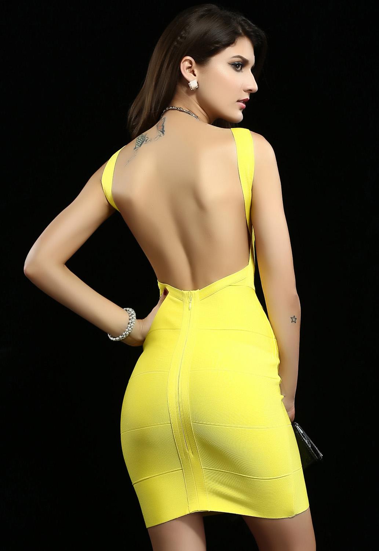 Платье желтое с открытой спиной
