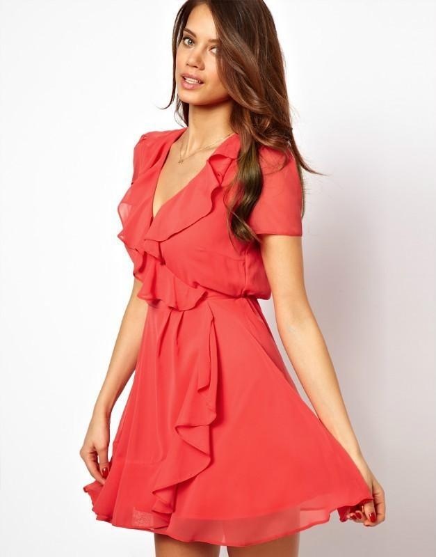 Платье с воланами из шифона