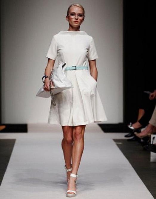 Зеленое платье: 100 ярких трендов, модных фасонов