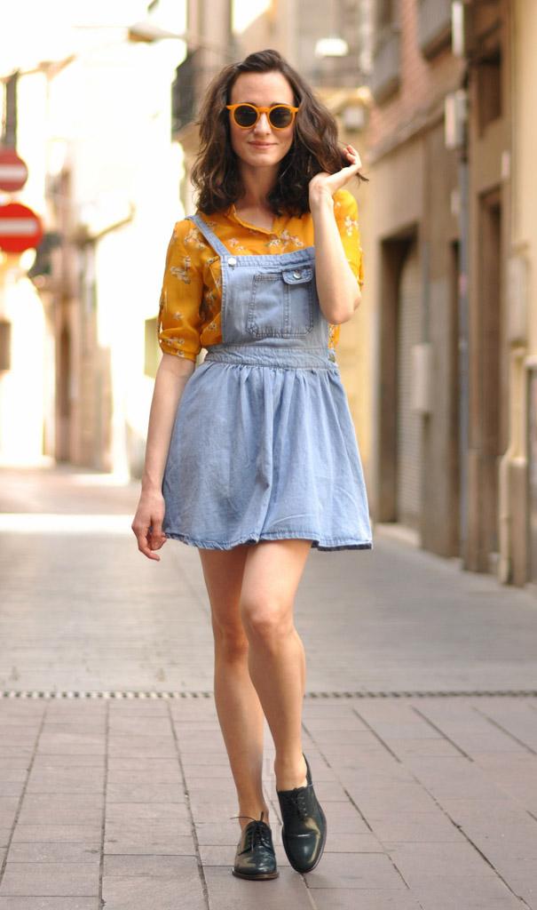 Одевать юбку как сарафан