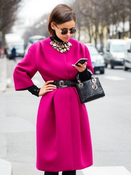 Малиновое пальто: с чем носить картинки