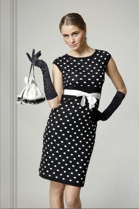Платье в горошек еще в моде