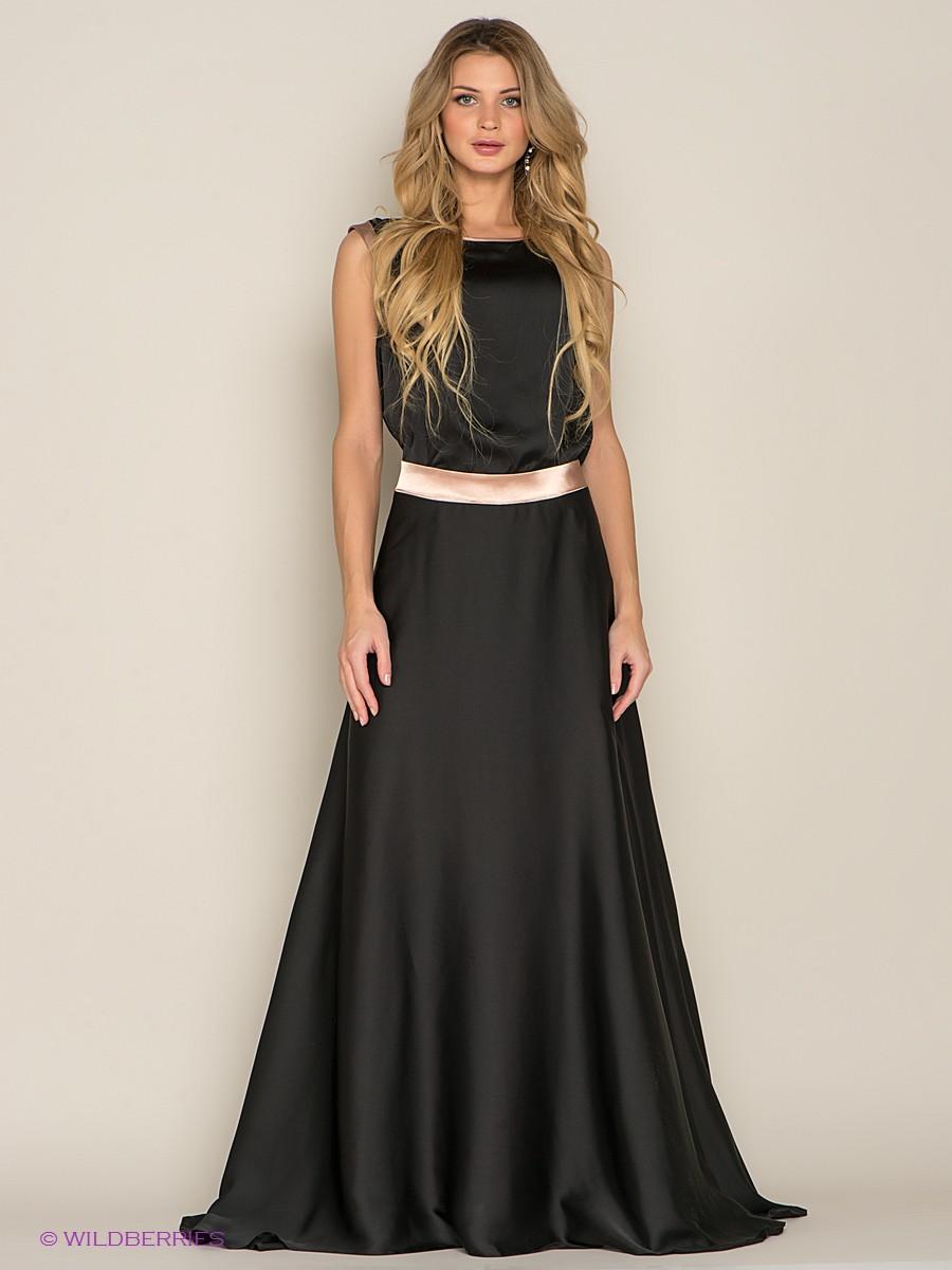 Длинное шелковое платье