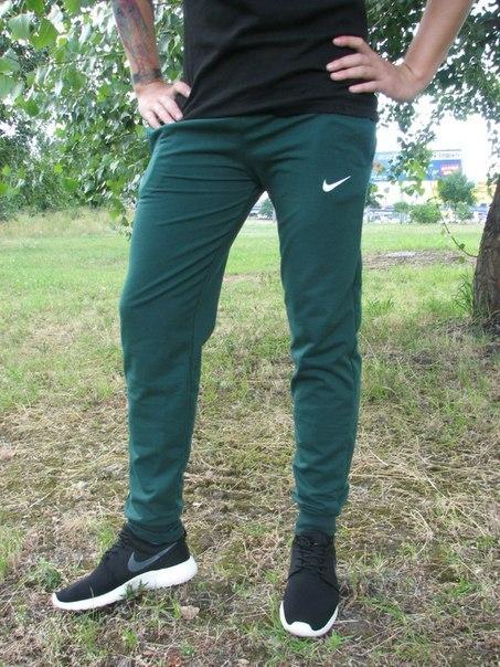 994dc12031c9 Спортивные мужские штаны Nike (41 фото): зауженные, с резинкой внизу ...