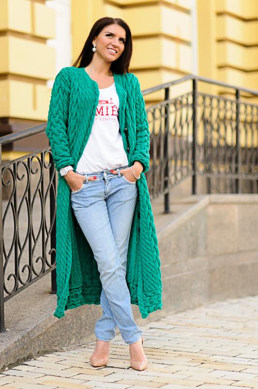 Вязание спицами. Галерея женских вязаных моделей Вязание длинных кардиганов фото