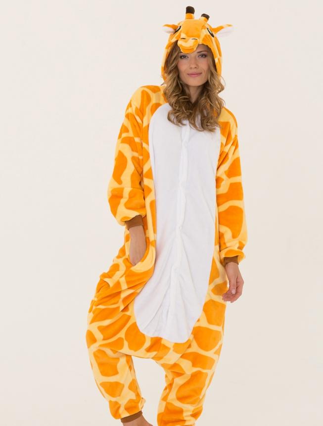 Пижама-кенгуру может застегиваться на пуговицы или замок 5e865e0170b2a
