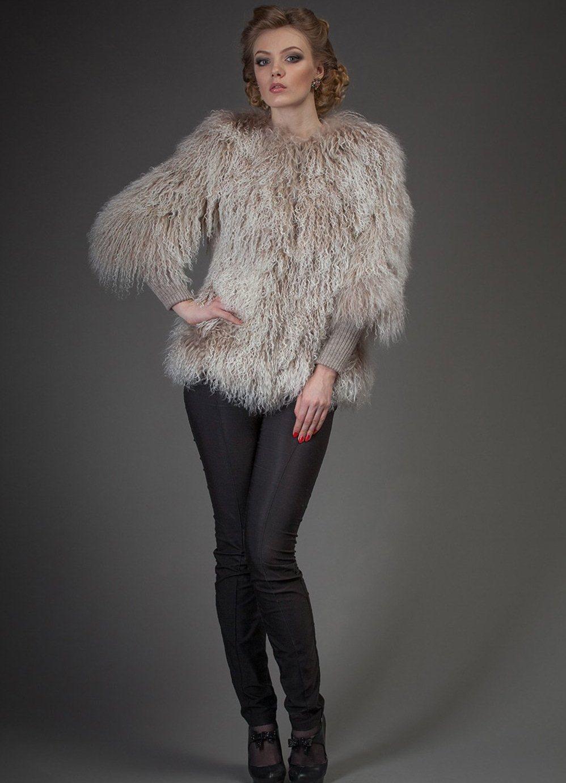 64f0fac1d0cc Женские пальто из ламы (60 фото)  отзывы, с карманами, с воротником ...