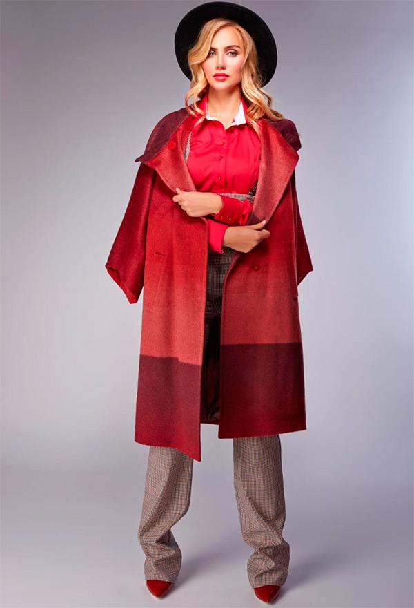 Костюм с укороченными брюками женский
