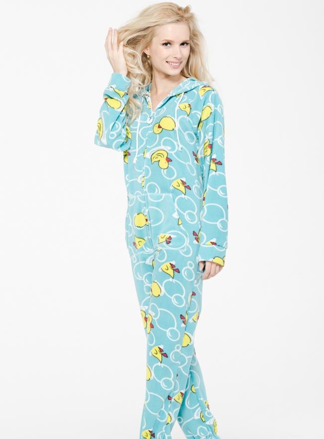 Женская плюшевая пижама (28 фото) 59691e5049676