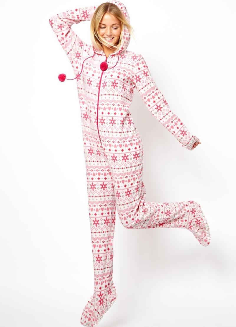 dc13857a1791 Женская плюшевая пижама (28 фото)