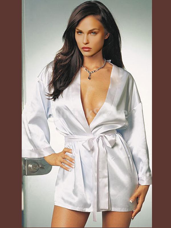 к чему снится знакомая женщина в белом халате
