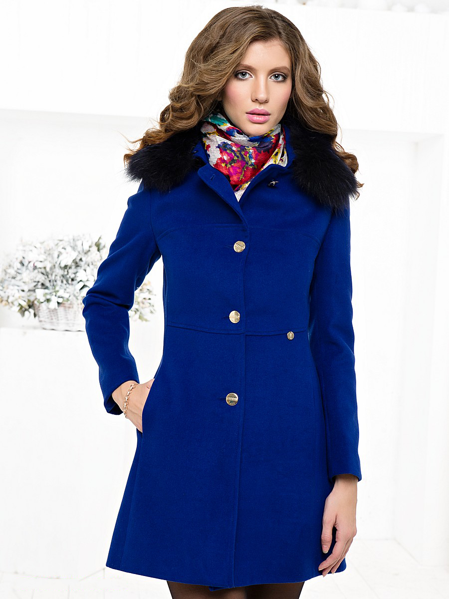 Какие цвета подходят к темно синему цвету пальто