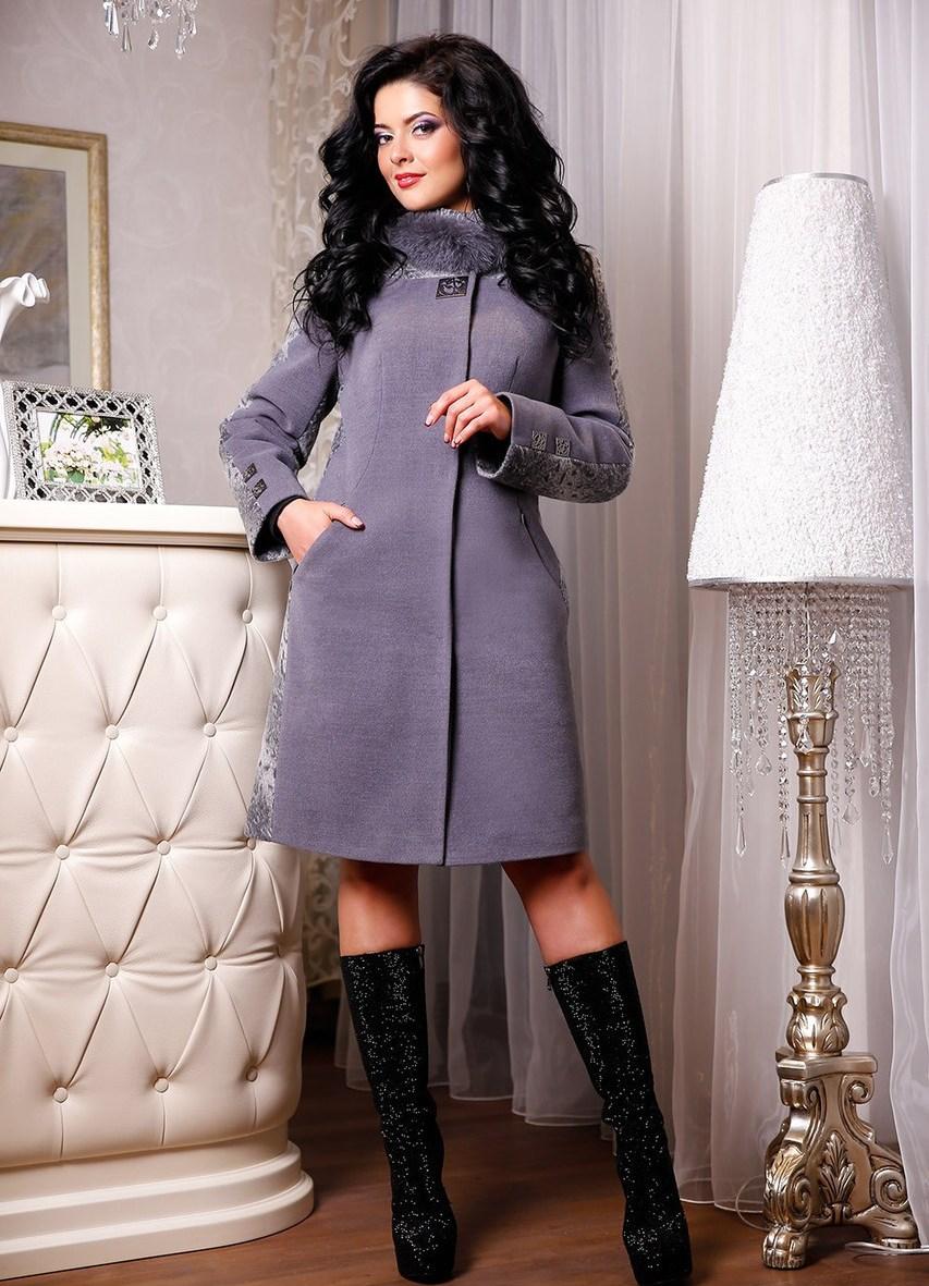 Зимнее кашемировое пальто с меховым воротником (34 фото) b0427fd57f674